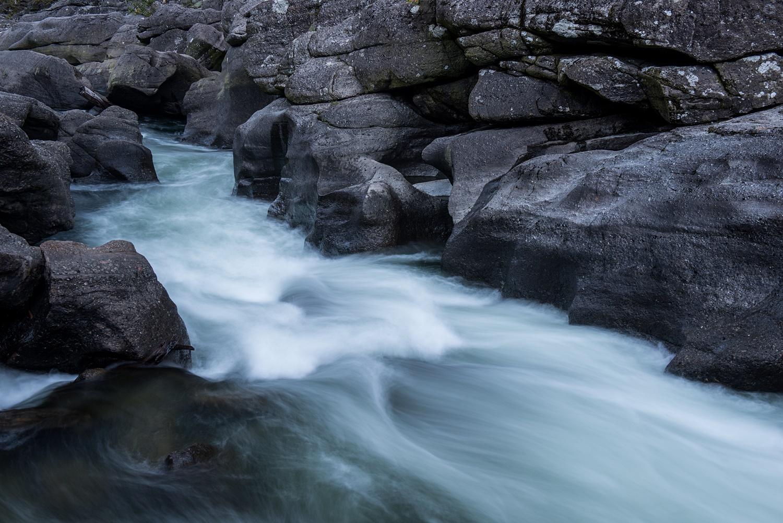 Namo River Gorge (1).jpg